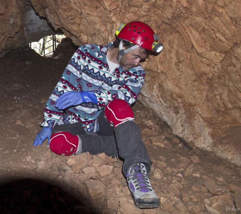 JICanudo en una excavación