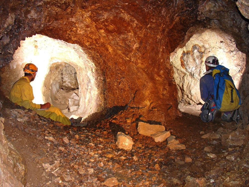Interior de la Mina de Olmacedo